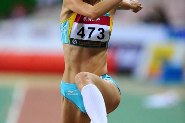 Olga Rypakova successfully defends her Asian title in Guangzhou (Jiro Mochizuki)