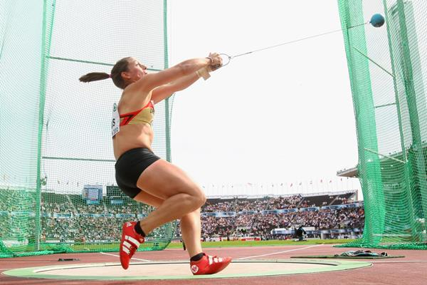 Germany's Kathrin Klaas in action in the hammer (Getty Images)