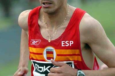Spaniard Juan Carlos de la Ossa runs to 27:27.80 PB in Barakaldo (Hasse Sjögren)