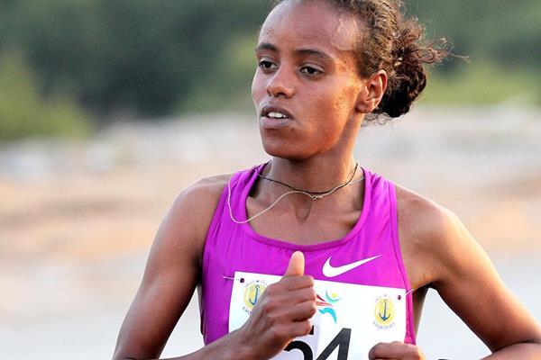 Ethiopian distance runner Mare Dibaba (Victah Sailer)