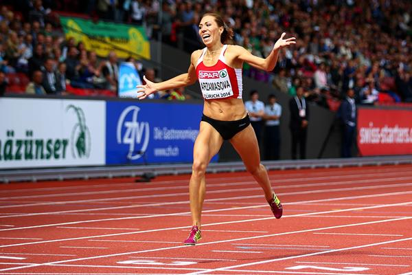 Maryna Arzmasova winning the 800m at the 2014 European Athletics Championships (Getty Images)