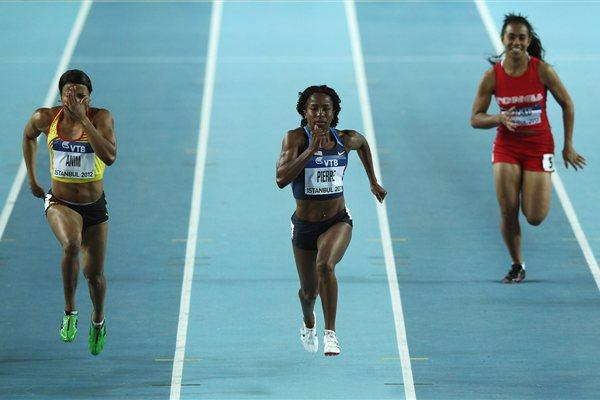 (L-R) Vida Anim of Ghana, Barbara Pierre of the United States and Belinda Talakai of Tonga compete in the Women's 60 Metres first round during day two - WIC Istanbul (Getty Images)