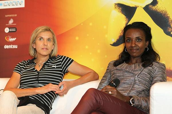 Elana Meyer and Tirunesh Dibaba in Barcelona (Philippe Fitte)