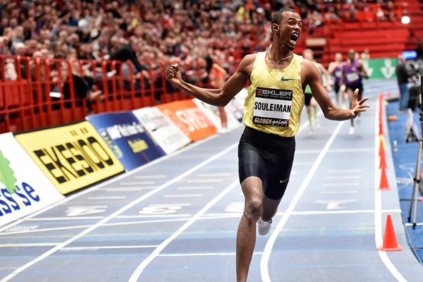 Ayanleh Souleiman breaks the world indoor 1000m record at the Globen Galan in Stockholm (Hasse Sjogren)