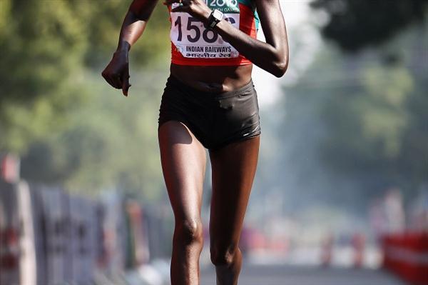 Irene Jerotich Kosgei en route to Commonwealth Marathon gold (Getty Images)