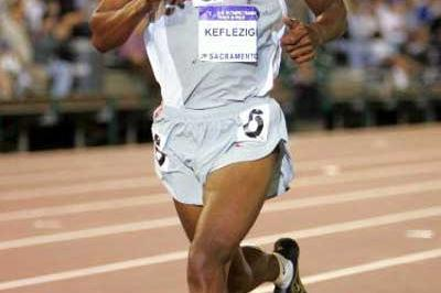 Mebrahtom Keflezighi running in the 10,000m - US Trials (Getty Images)