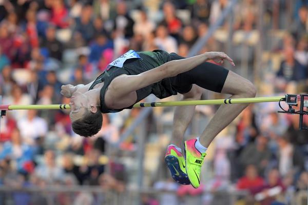 Danil Lysenko jumps to victory in Lausanne (Gladys Chai von der Laage)