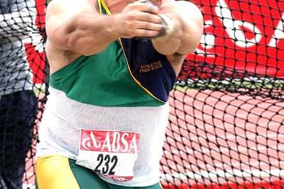 Chris Harmse competing at the 2005 South African Championships (Mark Ouma)
