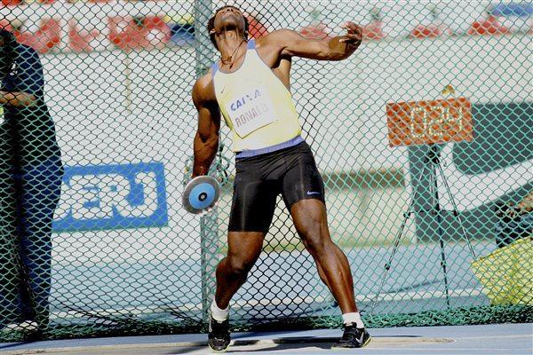 Ronald Julião throwing in Rio at the 2012 Grande Prêmio Brasil/Caixa de Atletismo (Marcelo Ferrelli CBAt)