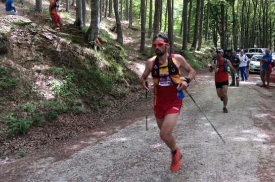 Luis Alberto Hernando en route to the world trail running title in Badia Prataglia  (Liesbeth Jansen)