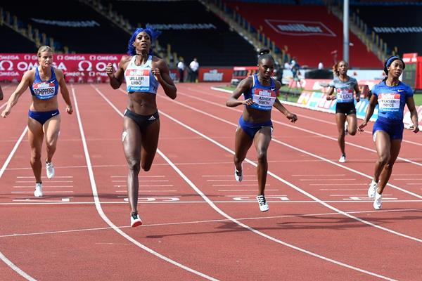 Shaunae Miller-Uibo towers over the field at the IAAF Diamond League meeting in Birmingham (Mark Shearman)