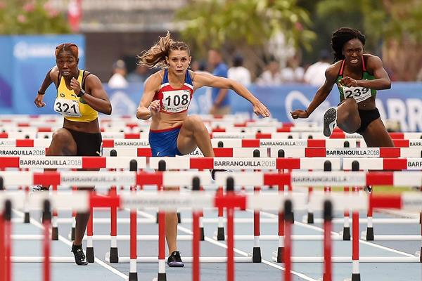 Andrea Vargas on her way to winning the 100m hurdles at the CAC Games in Barranquilla (AFP / Getty Images)