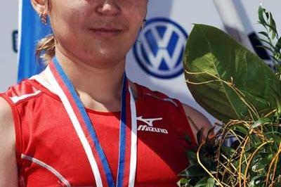 Nailya Yulamanova, the women's race winner at the Volkswagen Marathon Prague (loc)