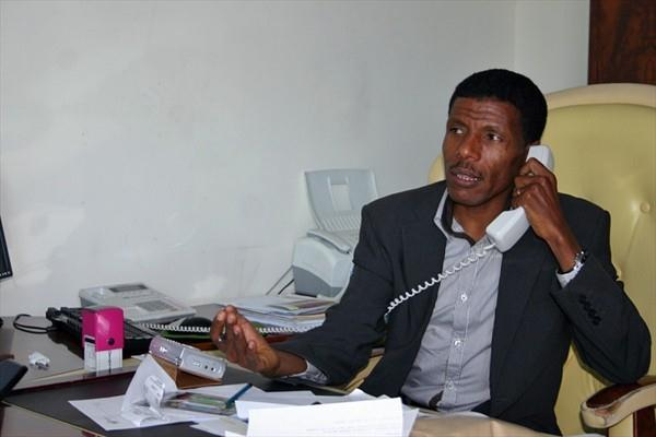 Haile Gebrselassie at his office in Addis Ababa (VCM / Andreas Maier)