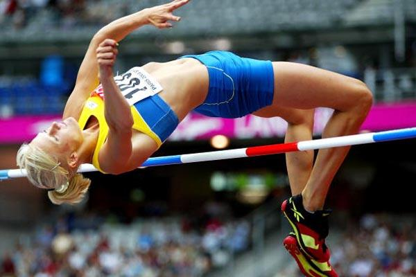 Carolina Kluft in action in the high jump of the heptathlon (Getty Images)