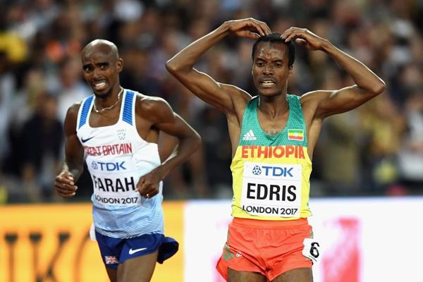 Muktar Edris and Mo Farah after the 5000m final at the IAAF World Championships London 2017 (Getty Images)