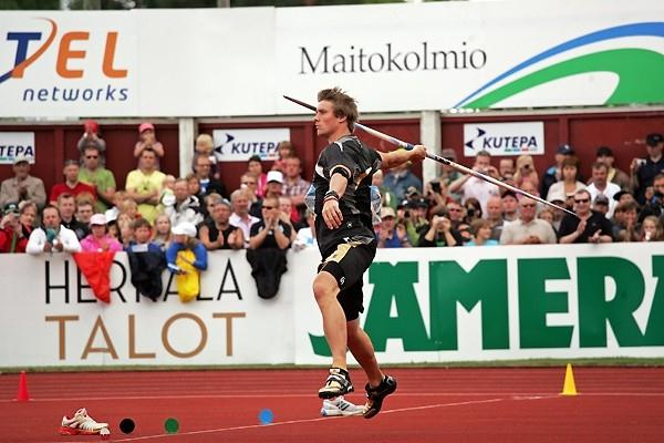 Andreas Thorkildsen throwing in Kuortane (Paula Noronen)