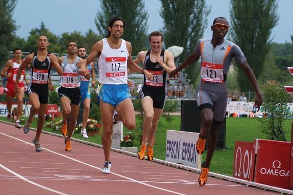 Wilfed Bungei of Kenya wins the 800m at the Rieti Grand Prix (Lorenzo Sampaolo)