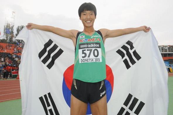 Sanghyeok Woo in the boys' High Jump at the IAAF World Youth Championships 2013  (Getty Images )