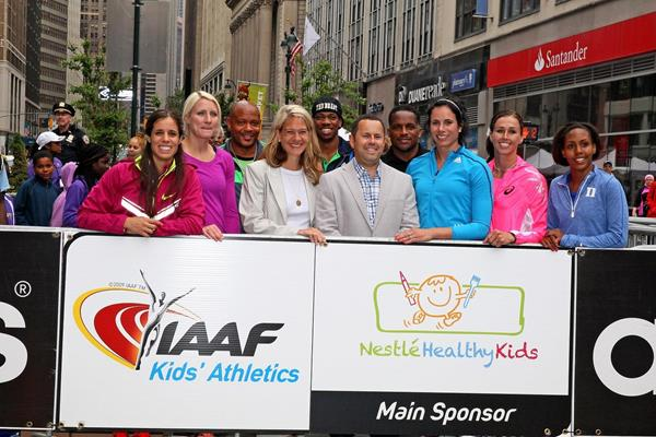 Elite athletes and mentors at the IAAF / Nestlé Kids' Athletics event in New York, June 2014; with Chavanne Hanson (Nutrition Communications Manager, Nestlé USA) and Spencer Nel  (adidas Head of Global Sports Marketing Running/Track and Field) (Victah Sailer / IAAF)