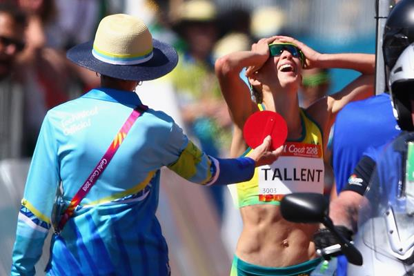 Claire Tallent of Australia shown a red card during the 20km race walk at the 2018 Commonwealth Games (Getty Images)