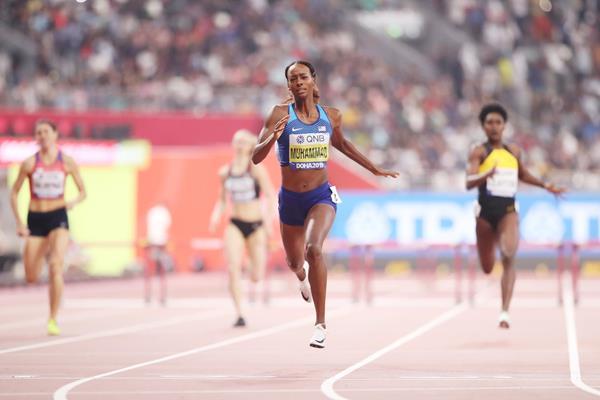 Dalilah Muhammad wins the 400m hurdles at the IAAF World Athletics Championships Doha 2019 (Getty Images)