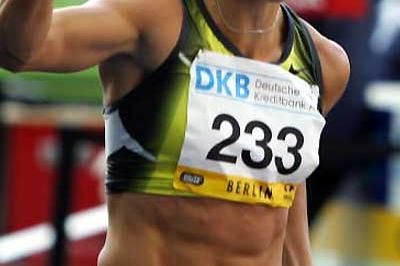 Susanna Kallur punches the air with delight after her PB in Berlin 2007 (Getty Images)