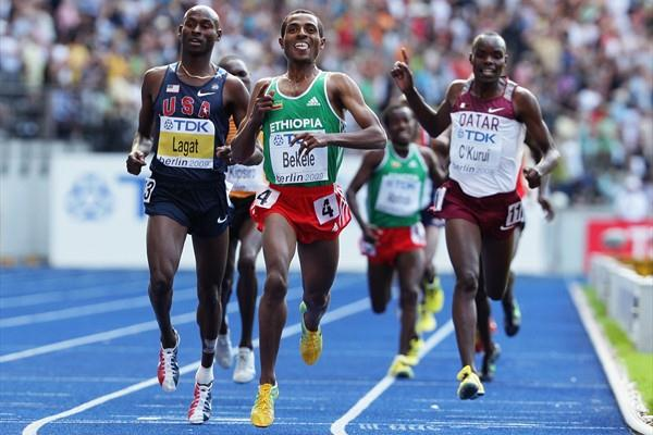 (L-R) Bernard Lagat of the United States, Kenenisa Bekele of Ethiopia and James C'Kurui of Qatar sprint for the line in the men's 5000m final in Berlin (Getty Images)