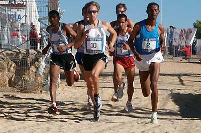 Eritrea's Zersenay Tadesse on his way to victory in Quintanar de la Orden, Spain (Luis Añóver)
