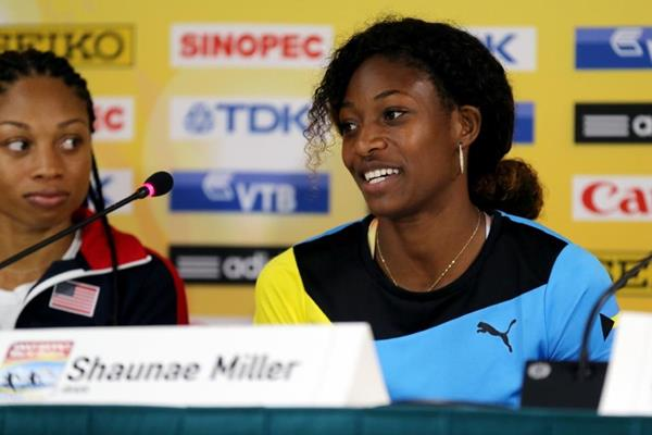 Allyson Felix and Shaunae Miller at the IAAF/BTC World Relays, Bahamas 2015 press conference (Getty Images)