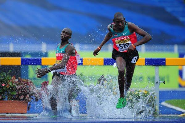 Gilbert Kiplangat Kirui of Kenya on his way to winning the Boys' 2000m Steeplechase in Lille (Getty Images)