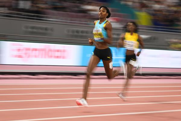 Shaunae Miller-Uibo cruises through the semi-final at the IAAF World Athletics Championships Doha 2019 (Getty Images)