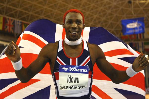 Phillips Idowu celebrates his triple jump victory (Getty Images)