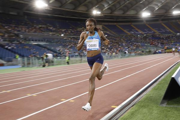 Hellen Obiri en route to the Kenyan 5000m record at the IAAF Diamond League meeting in Rome (Philippe Fitte)