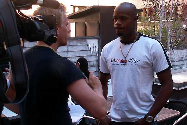 Asafa Powell is interviewed in Stockholm (Nesi)