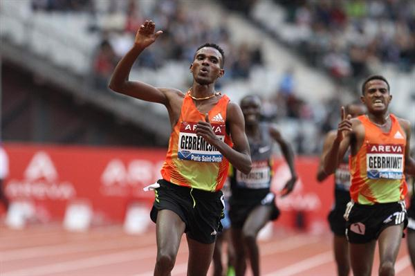 Dejen Gebremeskel's 12:46.81 breakthrough in Paris (Jean-Pierre Durand)