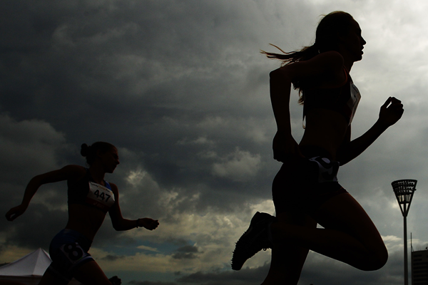 Athletes in action in the 800m (Getty Images)