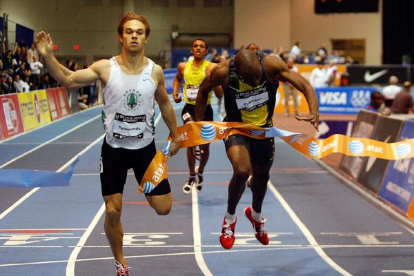 Close! Khadevis Robinson (r) edges Nick Symmonds by 0.01 seconds at the U.S. Indoor Championships (Getty Images)
