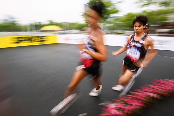 Koki Ikeda (right) in the 20km race walk at the IAAF World Race Walking Team Championships Taicang 2018 (Getty Images)