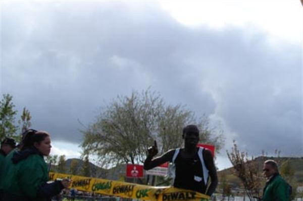 Adam Ismael (BRN) winning the 2005 Torres Vedras EAA Cross (Torres Vedras LOC)