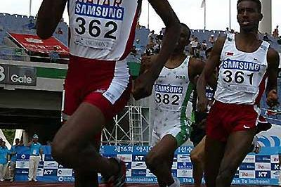 Asian Champs 800m, Korea - Winner Majid Saeed Sultan of Qatar (362) and silver winner Abdulrahman Suleiman also of Qatar (361) (c)
