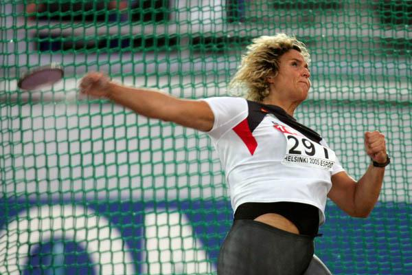 Franka Dietzsch of Germany takes gold in the Discus Throw (Getty Images)