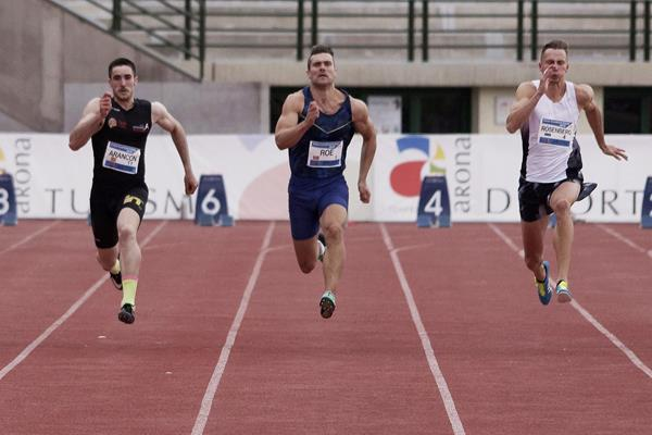 Martin Roe (centre) in the decathlon 100m at the IAAF Combined Events Challenge meeting in Arona (JJ Vico)