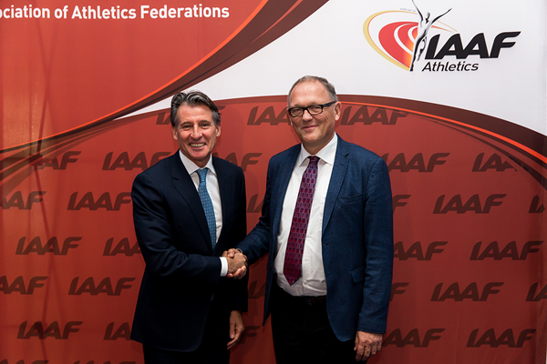 IAAF President Sebastian Coe with Finn Lyck from the Aarhus delegation (Philippe Fitte / IAAF)