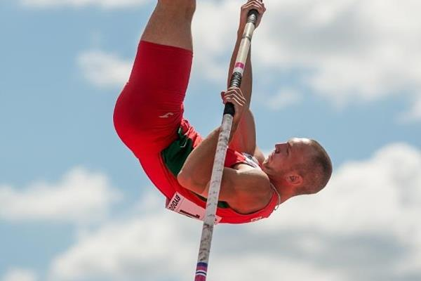 Maksim Andraloits in the decathlon pole vault at the IAAF World U20 Championships Bydgoszcz 2016 (Getty Images)
