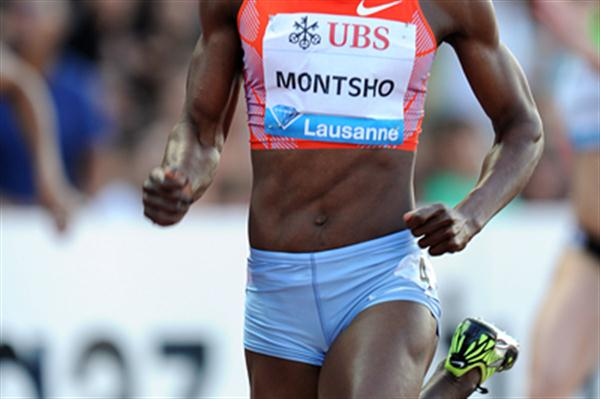 Amantle Montsho of Botswana on her way to 400 win in Lausanne (Giancarlo Colombo)
