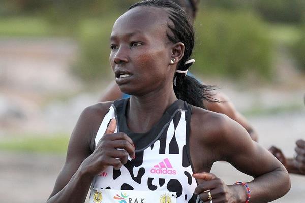 Mary Keitany at the 2015 RAK Half Marathon (organisers / Victah Sailer)