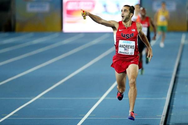 Robby Andrews leading home the USA in the men's 4x800m at the IAAF/BTC World Relays, Bahamas 2015 (Getty Images)