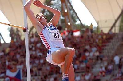 Jaroslav Bába high jumping in Erfurt (Hasse Sjögren)
