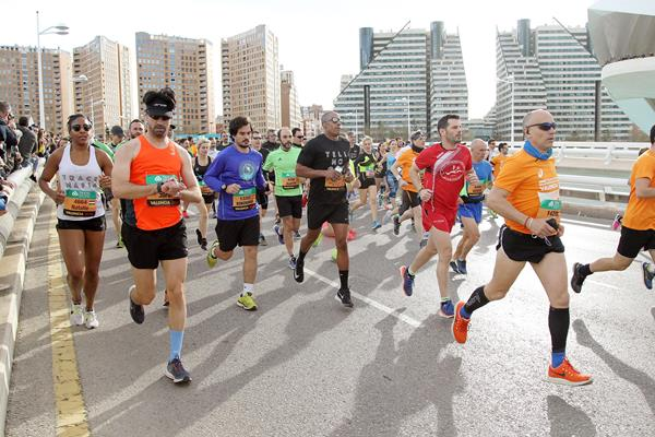 Runners in the mass race at the World Half Marathon Championships (Jean-Pierre Durand)
